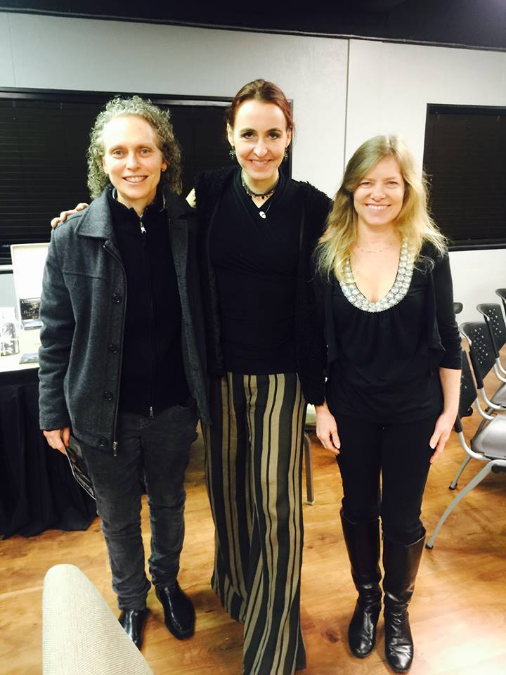 With guitar virtuosos Muriel Anderson and Mimi Fox
